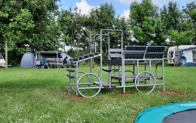Automobiel speeltoestel camping